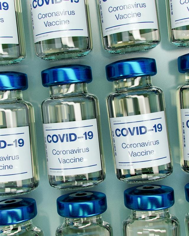 Covid-19: imunost, reinfekcija, serološki testi, bolniki s hudo imunsko motnjo, cepljenje